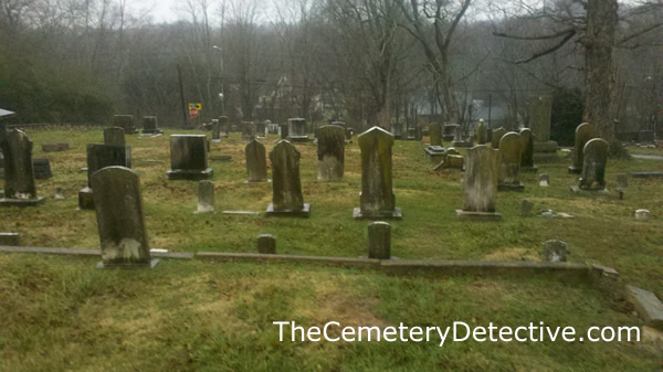 Charleston_Cumberland_Presbyterian_Cemetery_Gravestones